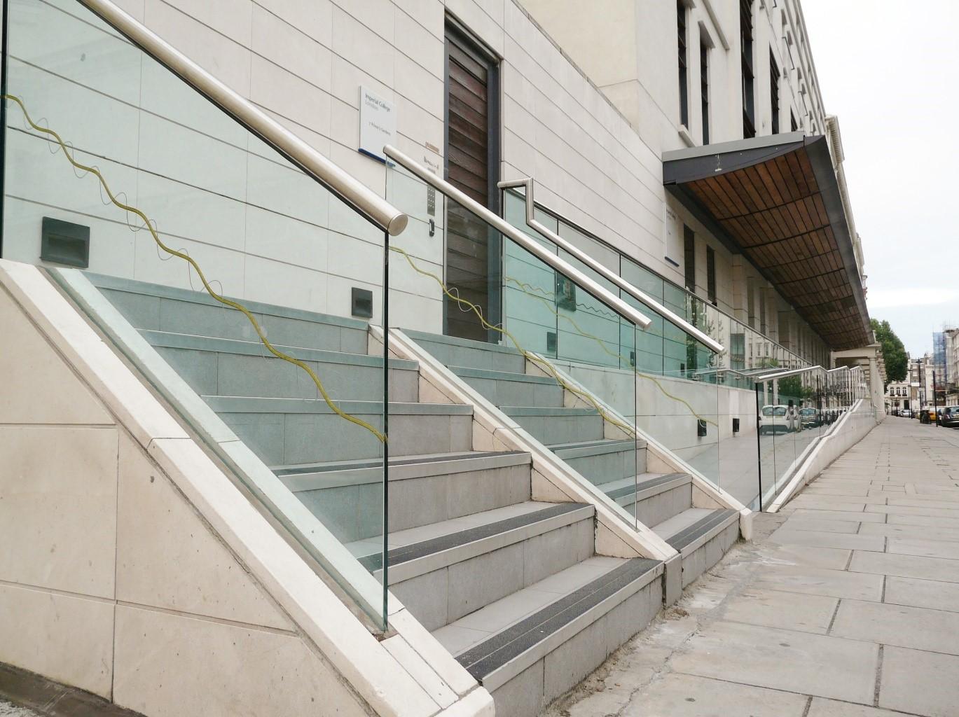 Balustrade systems uk