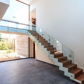 Glass balustrades for staircases