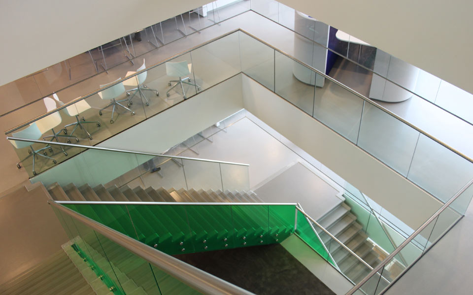 Glass staircases by Balustrade Components UK