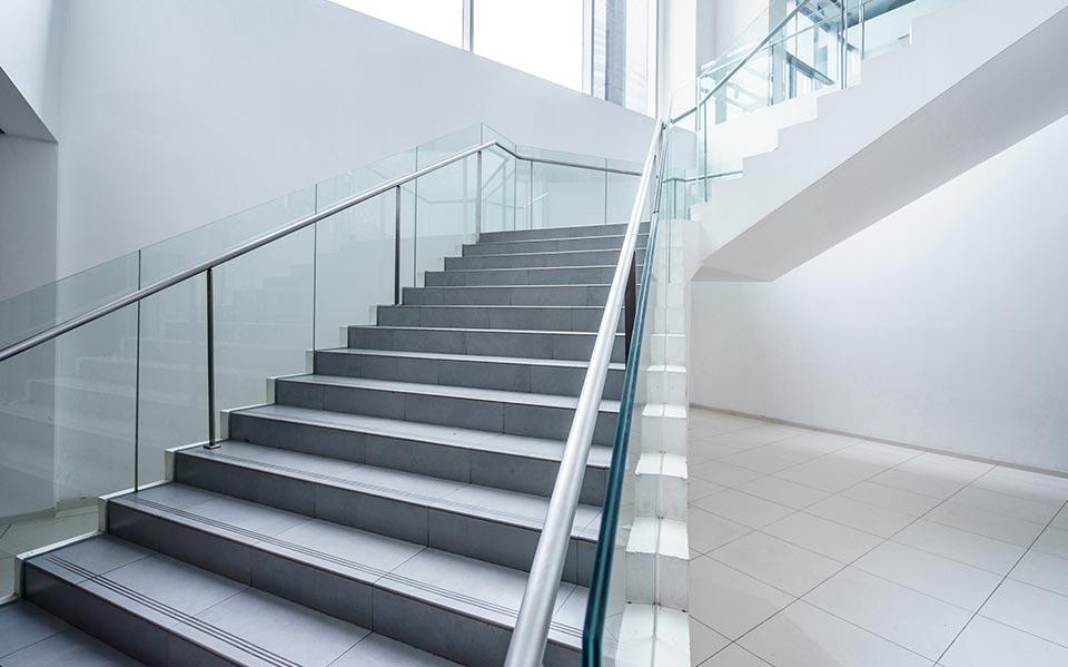 Frameless Glass Staircases